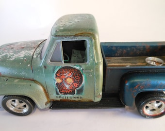 Classicwrecks Rusted Scale Model Ford Truck 1955