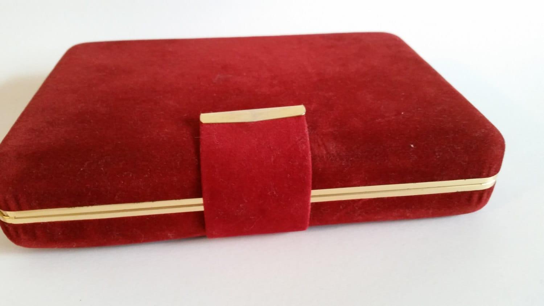 Red velvet jewelry box red and gold velvet box hollywood for Red velvet jewelry gift boxes