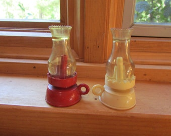 Vntg S&P Shakers Oil Lamps