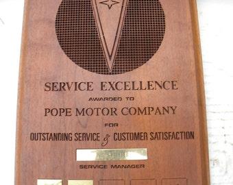good shape vintage 1970s walnut PONTIAC car auto POPE motor company service excellence AWARD stauffer