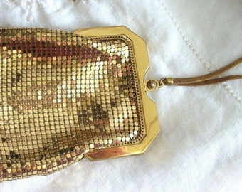 Deco Style ~ Vintage Gold Mesh Handle ~ Stunning Evening Purse ~ Made in USA ~ Gorgeous Whiting & Davis Co ~ with Original Beveled Mirror