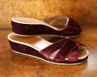 1940s Shoes // Burgundy Velvet Wedge Sandals