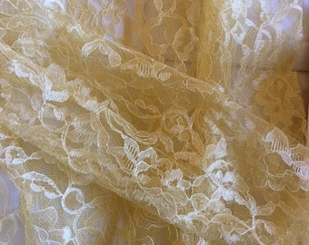 Gold Lace Casa Collection