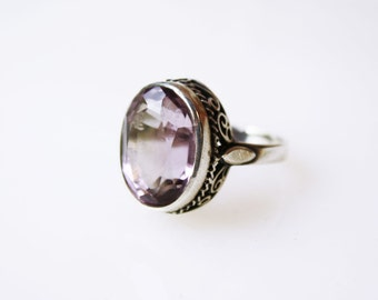 Vintage Art Deco Amethyst Filigree Ring / Sterling Silver