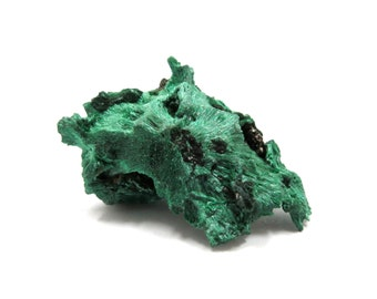 Malachite Specimen Natural Velvet Raw Crystal 33mmx 24mm x 19mm Green Rough Stone Miniature, New Age, Wicca, Metaphysical (Lot 9505)
