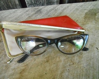 Vintage Bronze Ladies Cat Eye Reading Glasses - With Red Case - Stylish