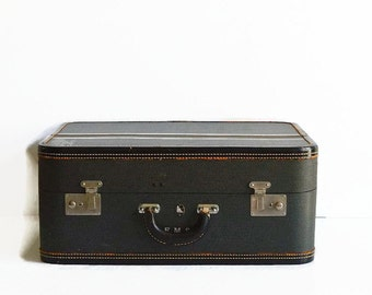 vintage Winship striped suitcase charcoal grey black 1940s travel New York luggage