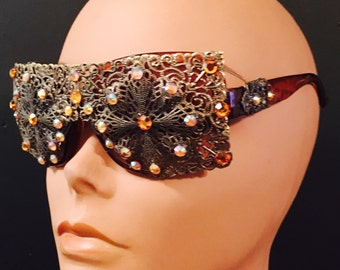 Crystal Filigree sunglasses, made with a Brass color Filigree, adorned with swarovski Crystals and rhinestones.