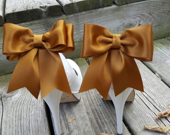 Antique Gold Shoe Clips,  Bridal Shoe Clips, Satin Bow Shoe Clips, Shoe CLips,  Shoe Clips for Wedding Shoes, Bridal Shoes, MANY COLORS