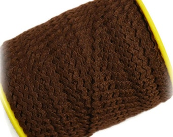 "Mini Brown RicRac. 3/16"" Brown Ric Rac Trim. Skinny Brown Ric Rac. Scalloped Brown Trim. 3 Yards"