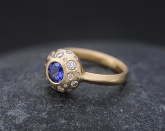 18K Gold Engagement Ring - Tanzanite and Diamond Ring in 18K Gold - Diamond Engagement Ring -Blue gemstone Ring -Made to Order Free Shipping