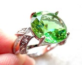 Sterling Silver Green CZ Ring. Size 6