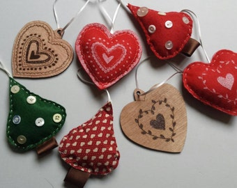 Handmade felt and wooden Christmas decorations - set of 7