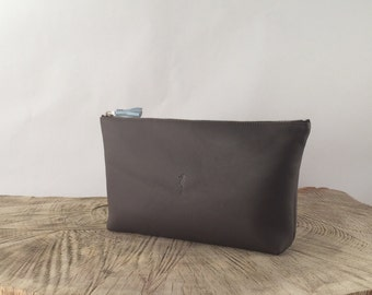 wash bag leather, calf leather,