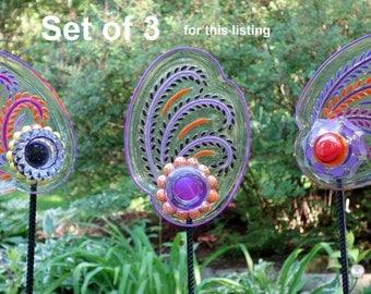 SET of 3 Glass Garden Flowers, Yard Sun Catcher, Garden Yard Art and outdoor Garden sun catcher with recycled glass