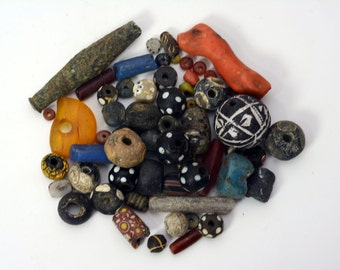 Wholesale LOT antique and new African trade beads from north Africa