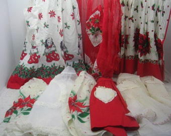 Vintage Lot Half Aprons Christmas Poinsettia Holly Dog Sheer Red White (9)