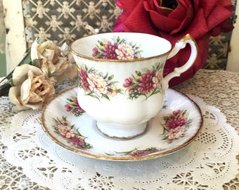 Beautiful English Fine Bone China Teacup and Saucer by Paragon