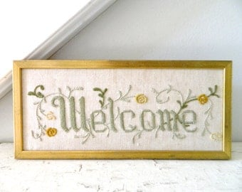 Vintage Welcome Embroidered Picture Wall Hanging in Gold Frame