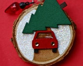 Christmas ornament, wood slice ornament, small round ornament, car and tree, red and green, Christmas tree, pine tree, winter