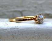 Vintage 18K Yellow Gold Old Mine Cut Diamond Solitaire Engagement Ring - 0.40ct.