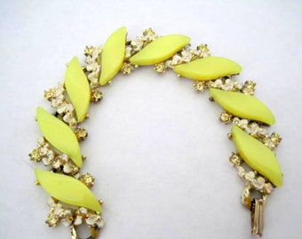 Yellow Bracelet - Lucite Thermoset -  Clear Rhinestone Surrounds - Gold Tone Setting