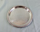 Silver Plate Tray- Round Small Vintage Serving Tray- Appetizer, hor d'oeuvres- Dressing Table tray- Bathroom Tray- Vintage/Antique- 8 inches