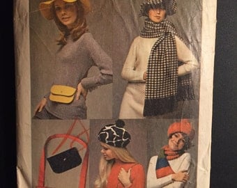 Simplicity Sewing Pattern 60s 8468 Hat, Mini Bag, Shoulder Bag, Beret and Scarf