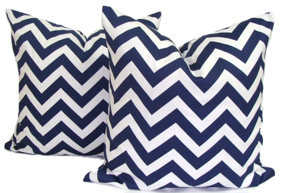 NAVY BLUE PILLOWS.Set of Two.20x20,18X18 or 16x16 inch.Pillow Covers.Decorative Pillows.Navy Blue Throw Pillows.Chevron Pillows.Chevron.