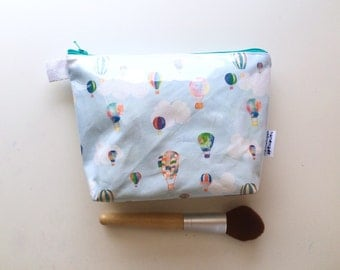 Hot Air Balloons Divided Flat Bottom Pouch Small (handmade philosophy's pattern)