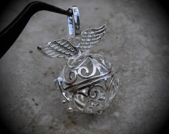 Angel Wings Filigree Design Prayer Box Locket in Bright Silver Plated Three Dimensional Pendant Charm