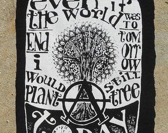 Anarcho Tree - T-shirt