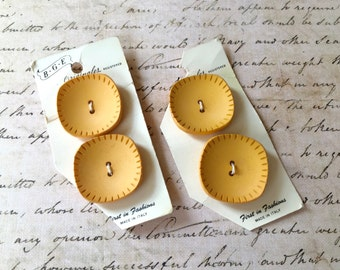 Handsome Vintage Italian Buttons in Pretty Maize Color
