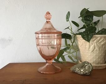 vintage blush pink glass apocathary jar. wedding apothecary depression glass. boho pink pastel kitchen storage bathroom interior design