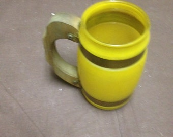 Vintage yellow glass drinking mug/ shabby chic decor/ vintage glasses