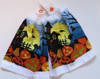 Halloween Spooky House Towel Toppers, Halloween Decor Towels, Crochet Top Towels, Spooky House Hanging Hand Towel Set of 2