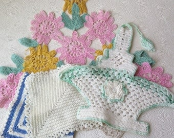 Pot Holders Vintage Crocheted Baskets Easter Springtime Pink Green Blue White 1930s Cotton Handmade Crafts Apron Pillows Mother's Day Gift