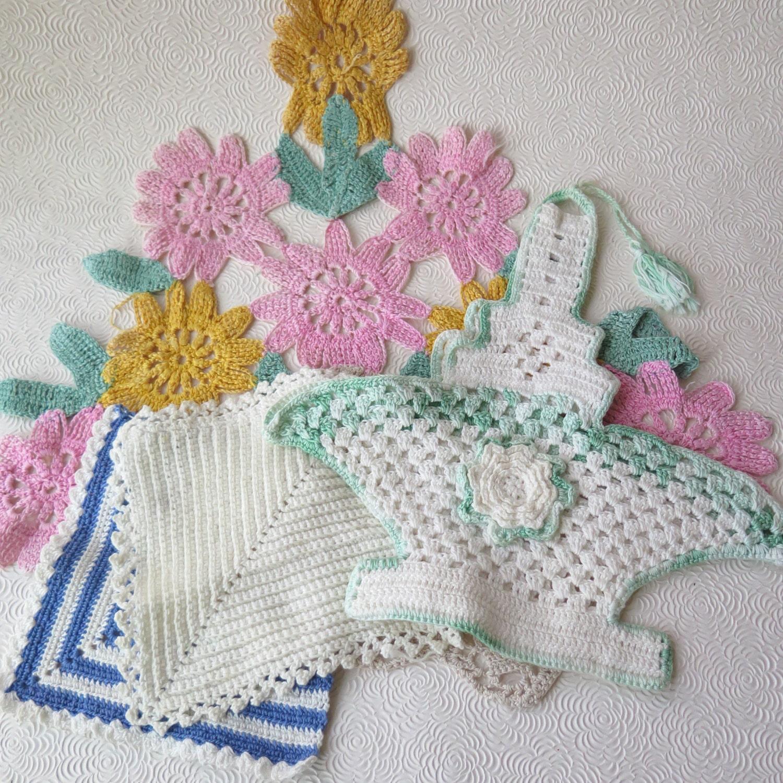 Easter Pot Holders Crochet: 1930s Crocheted Baskets Pot Holders Vintage Easter Springtime