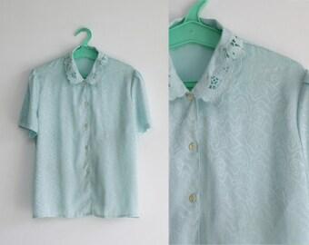 SALE/  80s lace collar satin blouse 12US / short sleeve top / light blue blouse / loose fit blouse / pastel goth/ folk