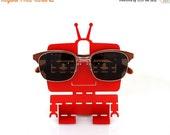 "ON SALE Red ""4eyes"" Robot Eyeglasses Holder"