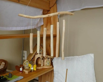 Xylophone chimes made of savage wood / Wiwiurka