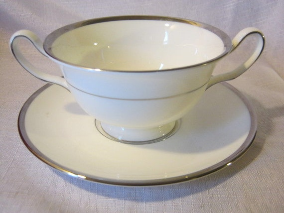 Wedgwood Cream Soup Footed Bowl With Saucer, Carlyn Pattern, Platinum Trim, footed