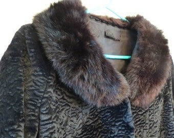 Ladies Vintage Coat - Velvet & Rabbit - BEAUTIFUL!!!