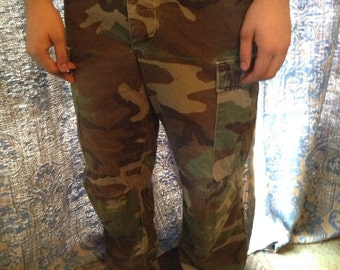 Vintage Army camouflage pants size 34x32 free domestic shipping