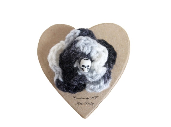 Skull Flower Brooch Punk Crocheted Black and White Halloween Gothic Punk