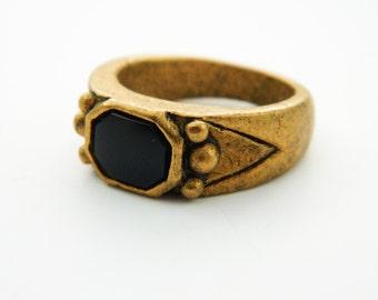 Boho Ring in Antiqued Gold and Jet Black - VR0013