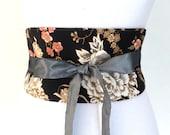 "Reversible Obi Belt ""Changpu"", waist-clancher, (Asian flowers, black, grey, peach), by Lorella Créations"