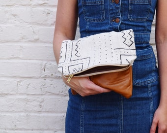 White mudcloth clutch