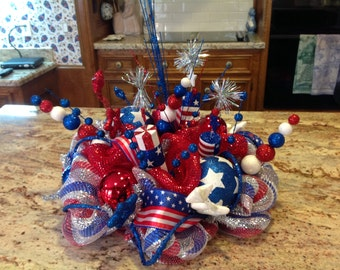 Patriotic Mesh Centerpiece
