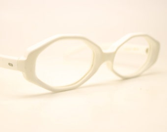 White Eyeglasses Unique vintage Eyewear Retro Glasses Catseye glasses vintage frames